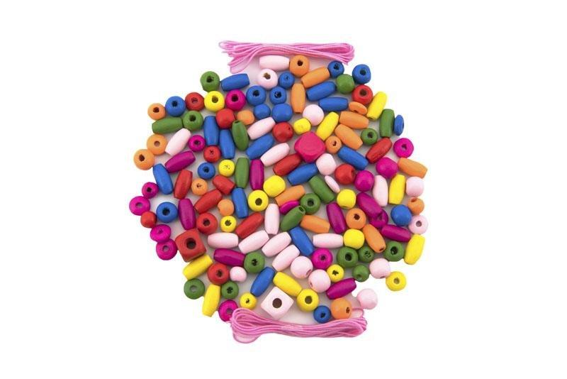 TEDDIES Korálky drevené farebné s gumičkami cca 90 ks v plastovej dóze